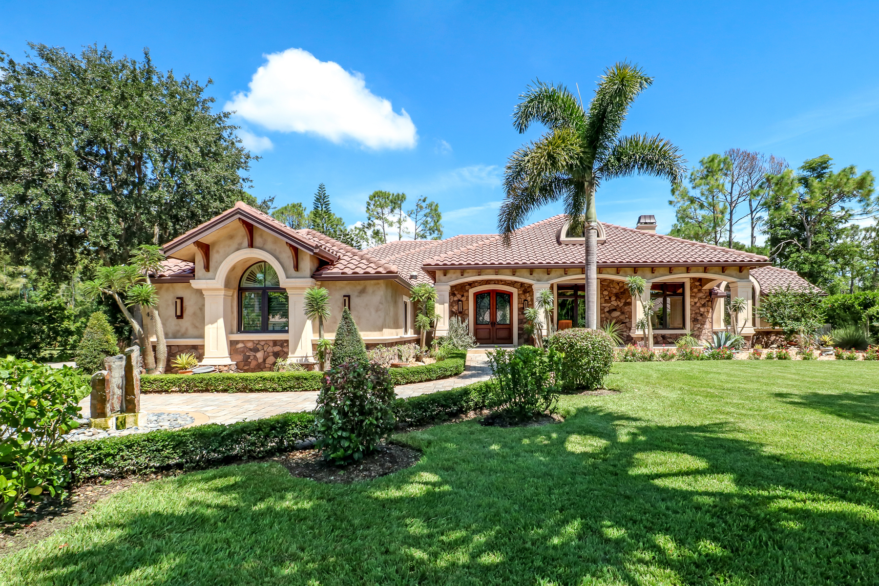 FLORIDA WEEKLY HOUSE HUNTING